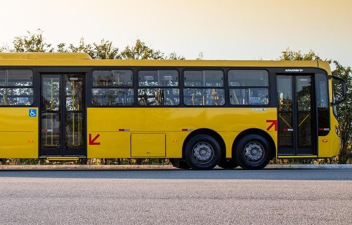 Imagem ilustrativa da notícia: Volkswagen lança superônibus para 115 passageiros