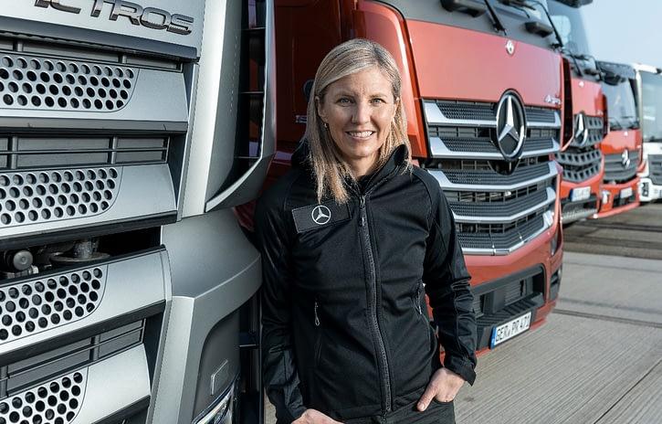Imagem ilustrativa da notícia: 65 anos da maior Mercedes-Benz fora da Alemanha