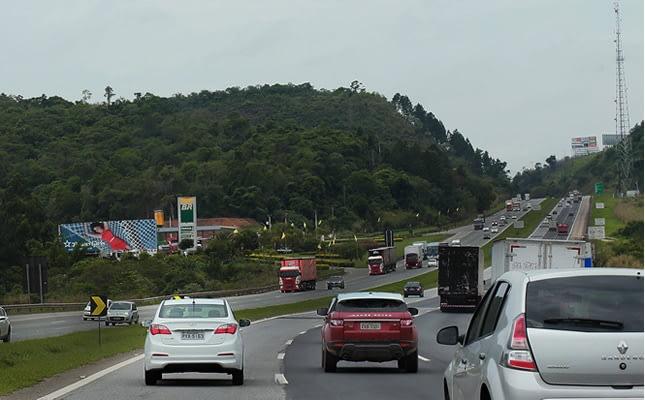 Imagem ilustrativa da notícia: De olho na privatização das estradas