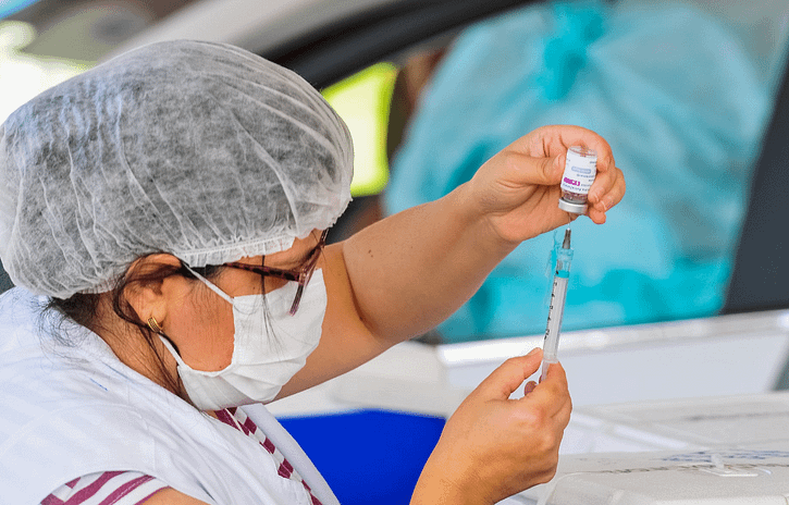 Imagem ilustrativa da notícia: Anfavea observa com interesse a compra de vacinas pela iniciativa privada
