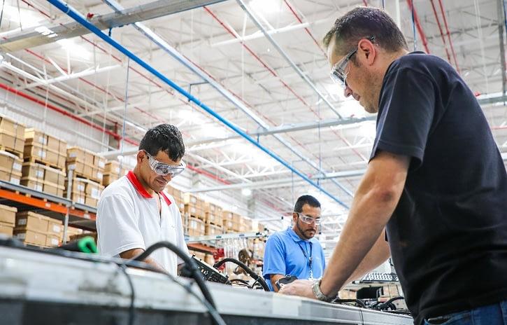 Imagem ilustrativa da notícia: Aptiv inaugura nova fábrica de chicotes elétricos