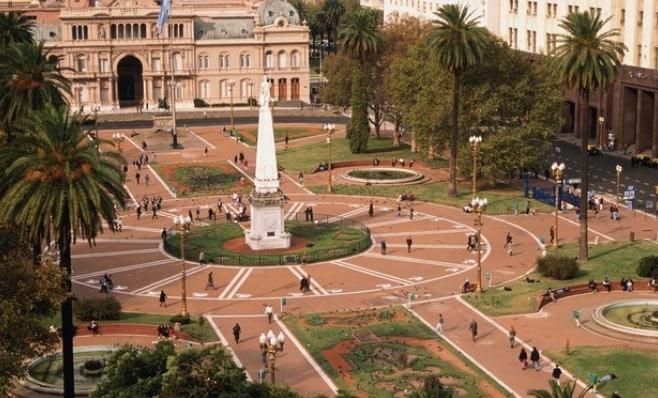 Imagem ilustrativa da notícia: Vendas caem 38% na Argentina