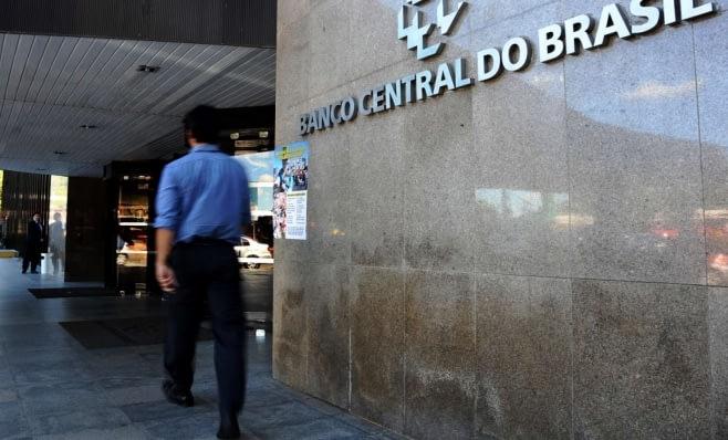 Imagem ilustrativa da notícia: Mercado financeiro: inflação e nova queda da Selic.
