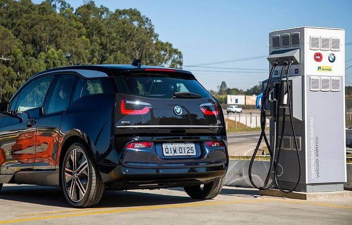 Imagem ilustrativa da notícia: BMW instalará mais pontos de recarga no Brasil