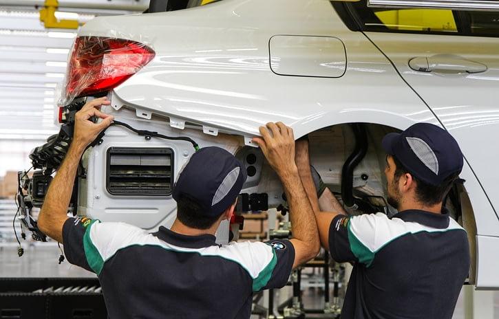 Imagem ilustrativa da notícia: BMW prorroga parada por duas semanas