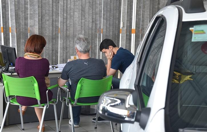 Imagem ilustrativa da notícia: Comprar um carro novo deve ficar mais caro