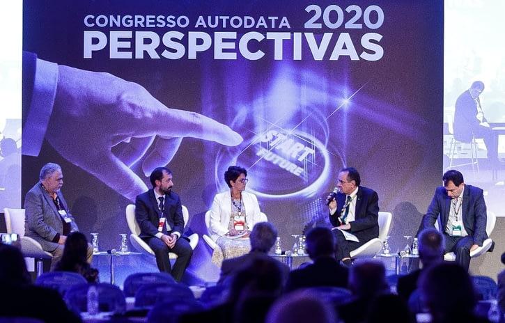 Imagem ilustrativa da notícia: Confiança na economia alavanca vendas de veículos