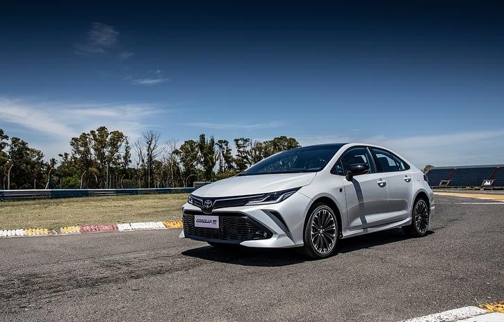 Imagem ilustrativa da notícia: Corolla esportivo chega à rede  Toyota
