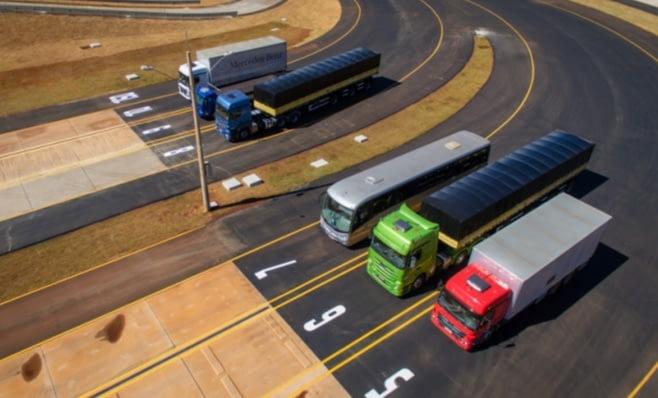Imagem ilustrativa da notícia: M-Benz inaugurou campo de provas