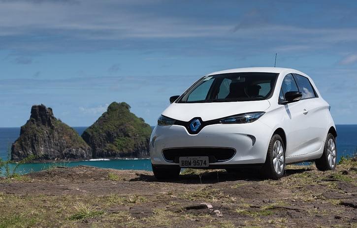 Imagem ilustrativa da notícia: Elétricos Renault chegam a Fernando de Noronha