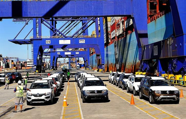 Imagem ilustrativa da notícia: Exportações caem 35% em setembro