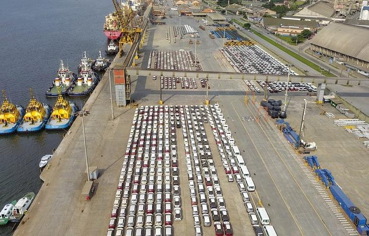 Imagem ilustrativa da notícia: Exportações seguem em queda mesmo com dólar em alta