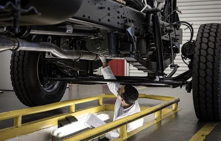 Imagem ilustrativa da notícia: Montadoras produzem 4 mil caminhões na retomada de maio