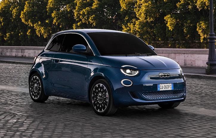 Imagem ilustrativa da notícia: Fiat mostra a versão hatch do 500 elétrico