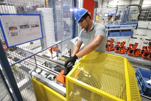 Imagem ilustrativa da notícia: FCA mira pequenos fornecedores em PE