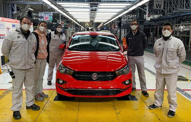 Imagem ilustrativa da notícia: Fiat produziu 100 mil unidades do Cronos na Argentina