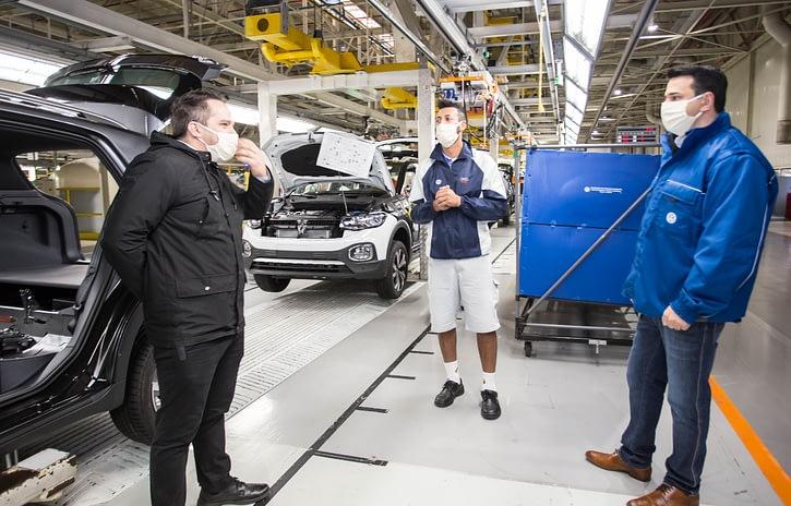 Imagem ilustrativa da notícia: Feriado adia retorno das fábricas paulistas da Volkswagen