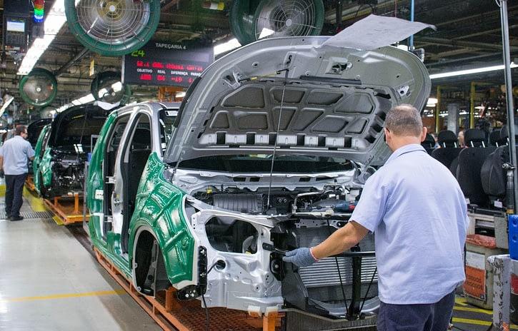 Imagem ilustrativa da notícia: General Motors negocia lay-off em todas suas fábricas