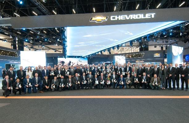 Imagem ilustrativa da notícia: GM premia 65 fornecedores