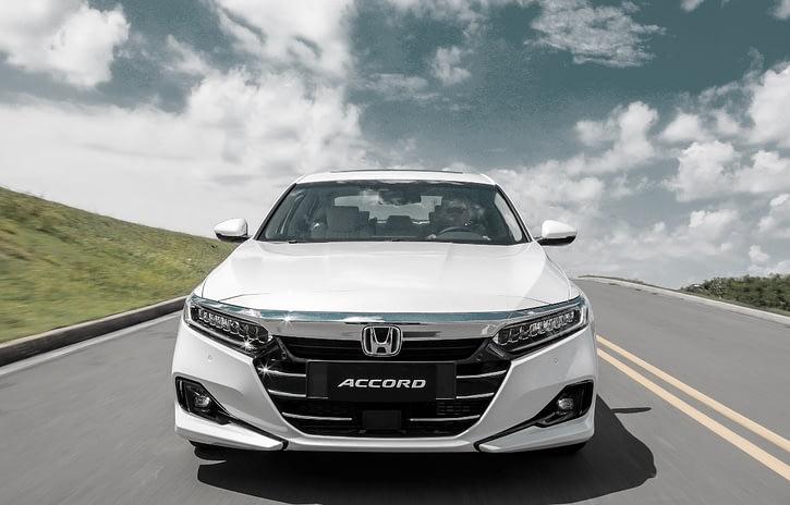 Imagem ilustrativa da notícia: Honda inicia ofensiva hibrida com o Accord