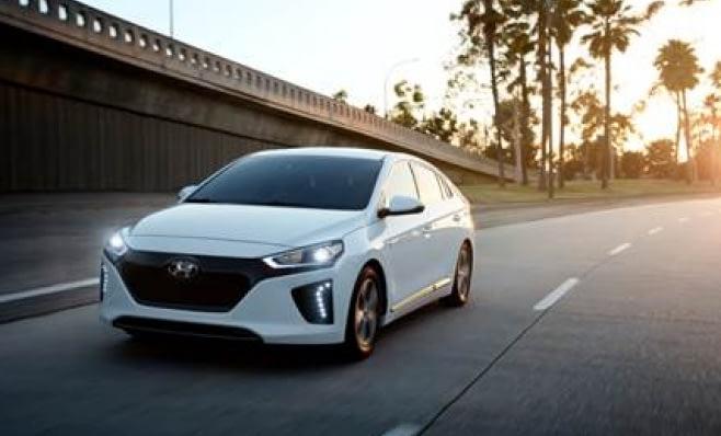 Imagem ilustrativa da notícia: Ioniq será atração Hyundai no Salão do Automóvel