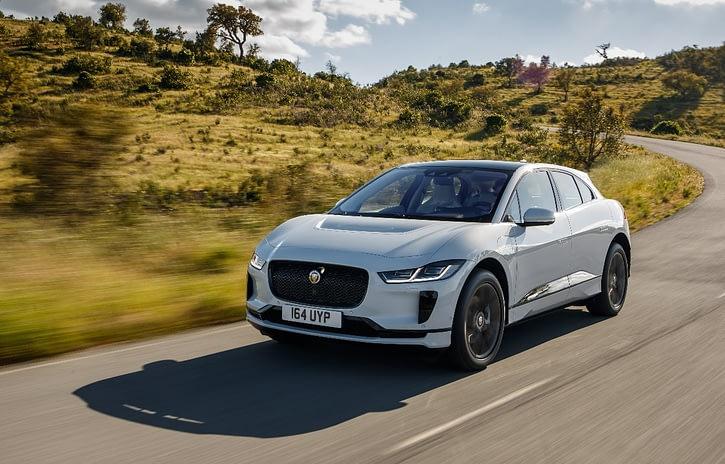 Imagem ilustrativa da notícia: Chega ao Brasil o I-Pace, o elétrico Jaguar