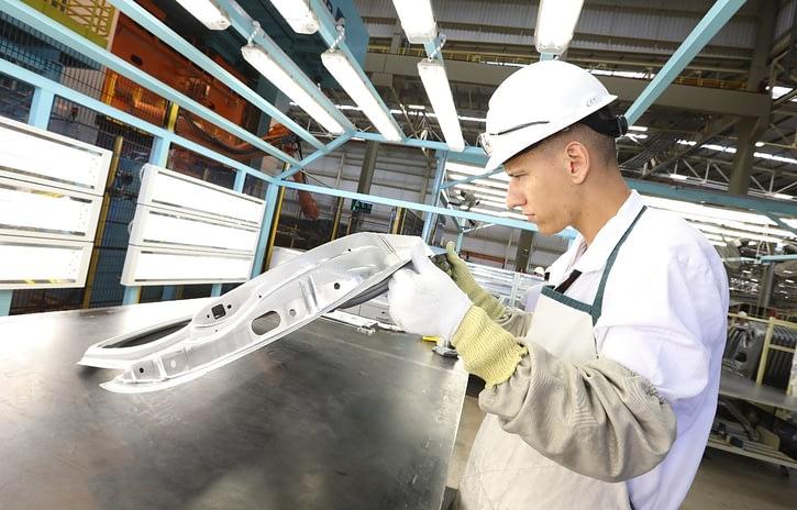 Imagem ilustrativa da notícia: Impacto do aumento do custo do aço será direto na veia, diz Anfavea