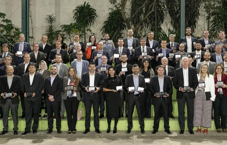Imagem ilustrativa da notícia: Finalistas recebem placas do Prêmio AutoData 2019