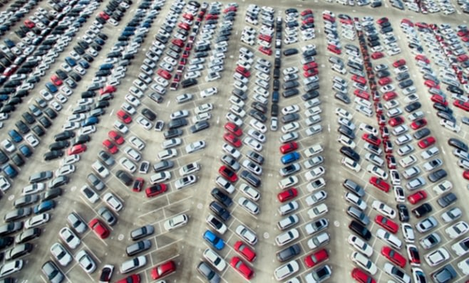 Imagem ilustrativa da notícia: Automóveis e caminhões puxam vendas no semestre