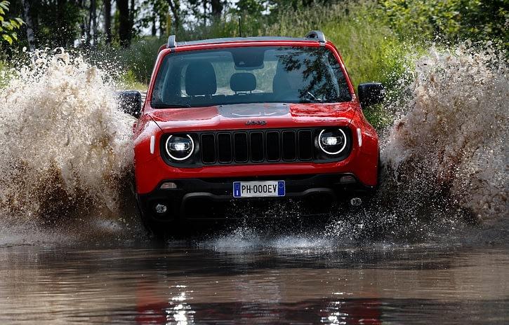Imagem ilustrativa da notícia: Jeep mostrará seus primeiros híbridos na Itália