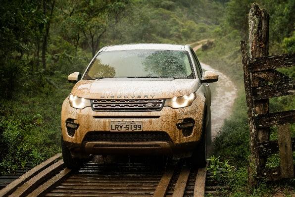 Imagem ilustrativa da notícia: Land Rover agora oferece motores flex
