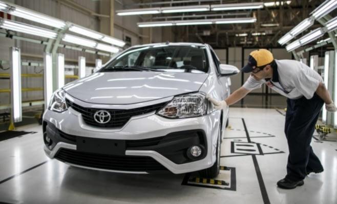 Imagem ilustrativa da notícia: Etios sustenta exportações Toyota para Argentina