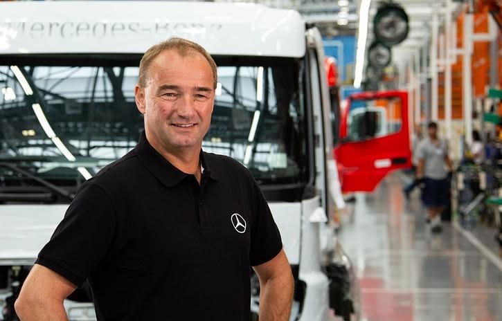 Imagem ilustrativa da notícia: Mercedes-Benz avaliará contratações de ex-Ford Taboão