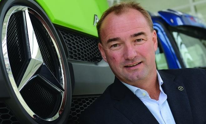 Imagem ilustrativa da notícia: Mercedes-Benz contrata em Juiz de Fora
