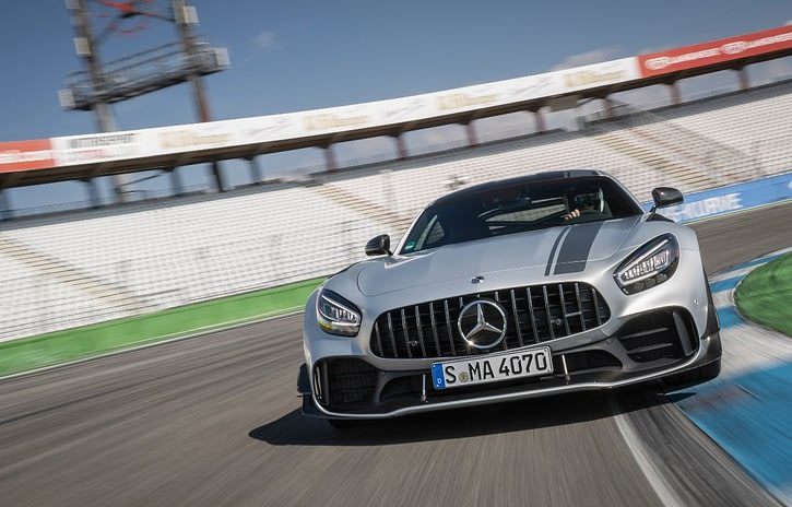 Imagem ilustrativa da notícia: Mercedes-Benz importa superesportivo de R$ 1,7 milhão