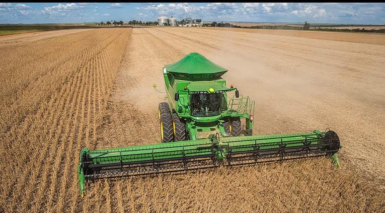 Imagem ilustrativa da notícia: Período de colheita puxa setor de máquinas agrícolas