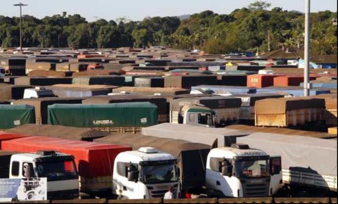 Imagem ilustrativa da notícia: Venda de caminhões retoma nível de 2015