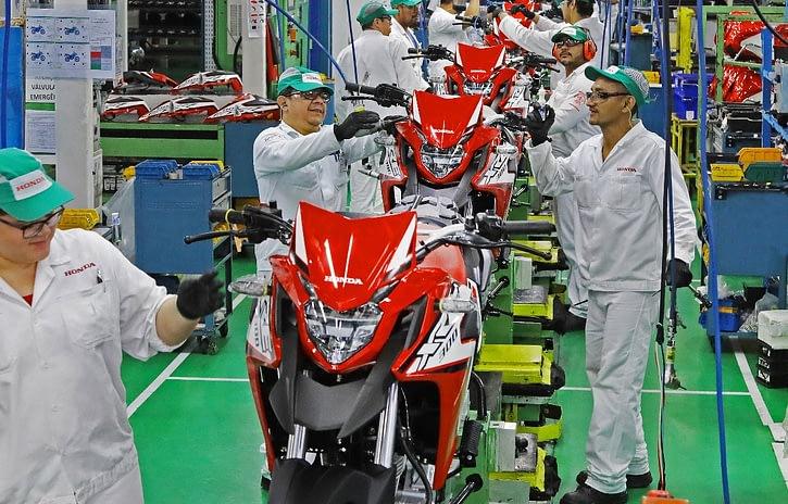Imagem ilustrativa da notícia: Moto Honda prolonga parada e suspende contratos