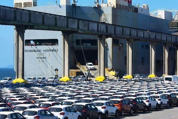 Imagem ilustrativa da notícia: Exportações seguem em queda