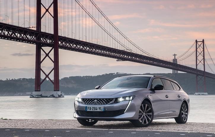 Imagem ilustrativa da notícia: Peugeot lança 508 SW na Europa