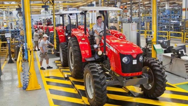 Imagem ilustrativa da notícia: Produção de máquinas cai 10% em fevereiro