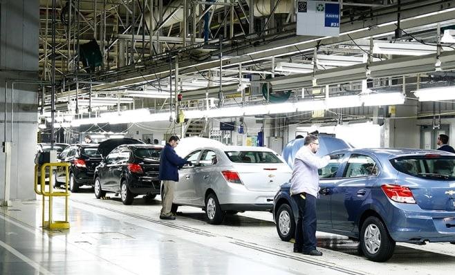 Imagem ilustrativa da notícia: GM tem trimestre de lucro na região: US$ 52 milhões.