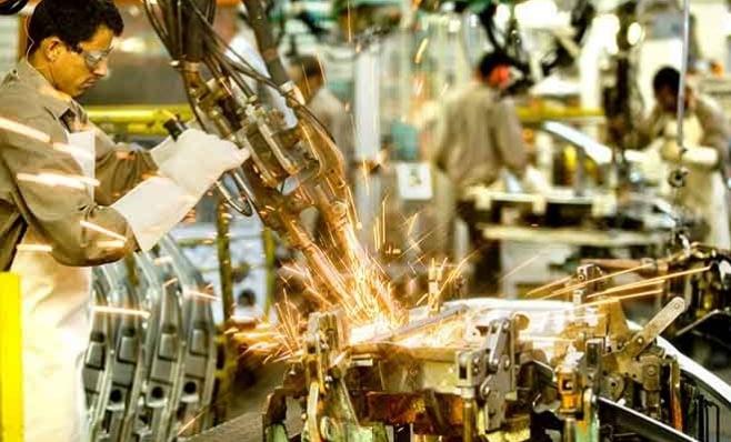 Imagem ilustrativa da notícia: CNI: indústria puxará crescimento da economia em 2018.