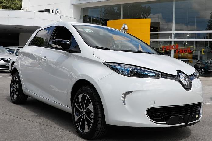 Imagem ilustrativa da notícia: Renault vende o vigésimo Zoe no Brasil
