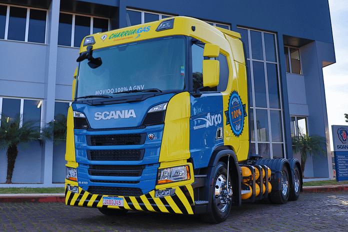 Imagem ilustrativa da notícia: Scania entrega caminhão a GNV ao Grupo Charrua