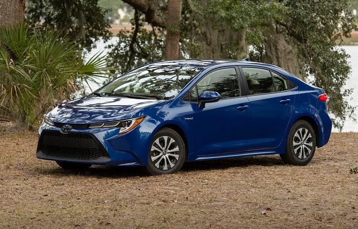 Imagem ilustrativa da notícia: Toyota lança a tecnologia híbrido flex com o Corolla