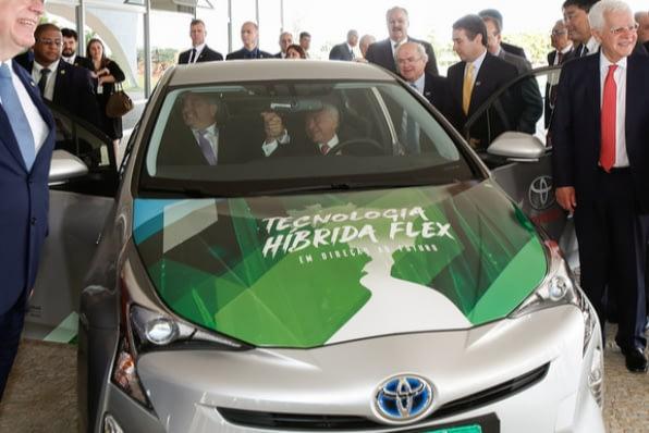 Imagem ilustrativa da notícia: Toyota produzirá o híbrido flex nacional