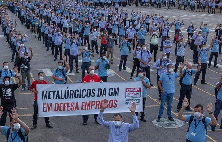 Imagem ilustrativa da notícia: Trabalhadores da GM aprovam layoff em São José dos Campos