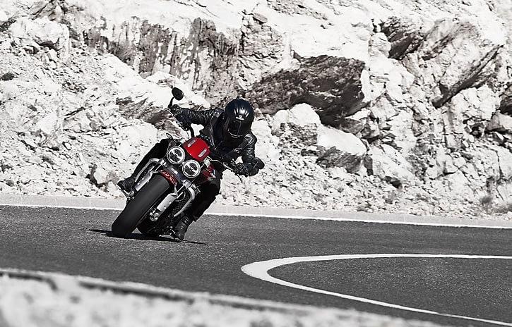 Imagem ilustrativa da notícia: Triumph apresenta dois novos modelos no Salão Duas Rodas
