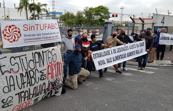 Imagem ilustrativa da notícia: TRT determina fim da greve na GM São Caetano